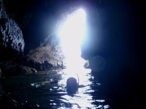 カケロマ 青の洞窟