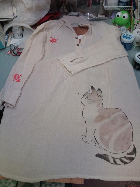 猫手染めぱちくり 004