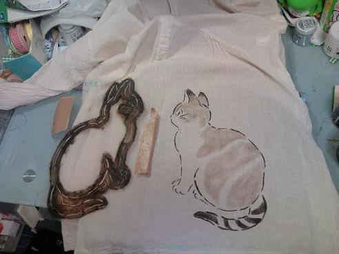 猫手染めぱちくり 011