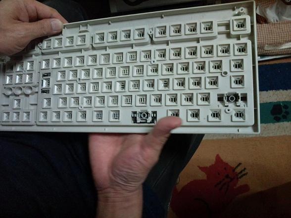 キーボード分解手術 006