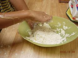 小麦粉遊び