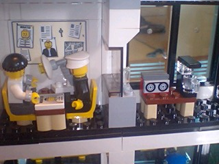 レゴ 取り調べ室