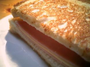 ハムチーズバタートースト002