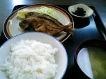 山田ホームレストラン本日の定食B魚から揚げ006