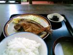 山田ホームレストラン本日の定食B魚から揚げ008