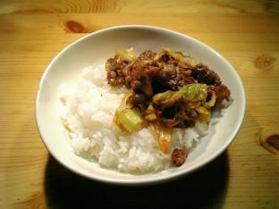 味噌ラーメンのスープでピリ辛肉野菜炒め001