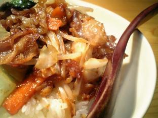 中華キッコーマンマーボー味噌肉もやし野菜炒め002