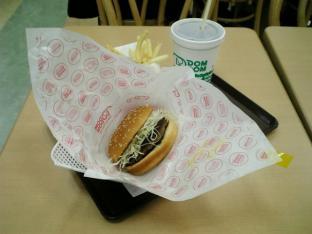 ドムドムハンバーガーてごねハンバーグサンドセット(デミグラスソース)003