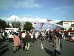 米海軍厚木航空施設)日米親善桜祭り2-4JUMBOセットメニューのハンバーガー013