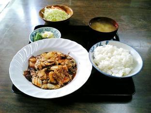 山田ホームレストラン本日の定食C豚キムチ002