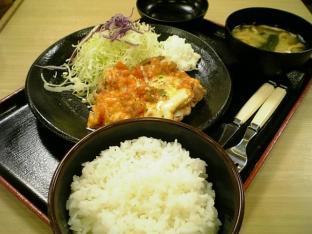 松乃家トマトチーズチキン定食002