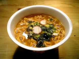 日清とんがらし太麺002