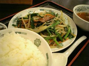 日高屋ニラレバ炒め定食003