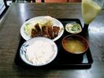 山田ホームレストラン本日の定食Aポークカツ007