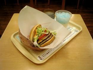 モスバーガー、Wサウザン野菜バーガー、期間限定氷シェイクソーダ002