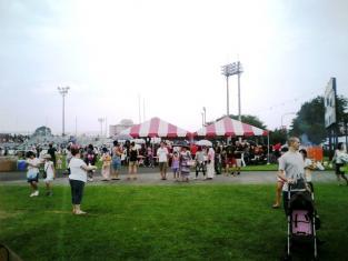 2010.08.14日米親善盆踊り焼肉ソートリブ001