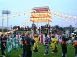 2010.08.14日米親善盆踊りハンバーガー006