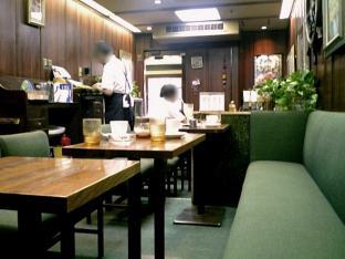 横浜駅西口トーヨー街 キャビンでコーラ002