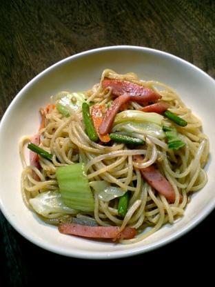 スパイシーソーセージ&野菜中華スパゲッティ001