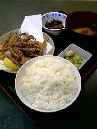 和食いちばんでいかげそ唐揚げ+定食セット 1