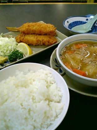 和食いちばんで串かつと肉じゃが1
