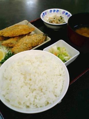 和食いちばんでさんまフライに定食セット1