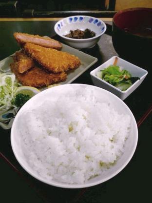和食いちばんでハムカツ定食2