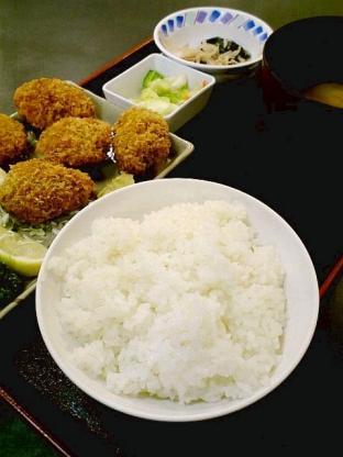 和食いちばんでカキフライ定食2