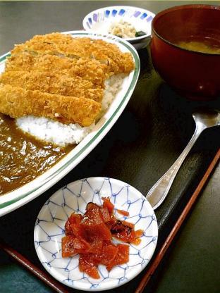 和食いちばんでチキンカツカレー1
