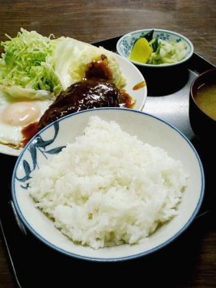 山田ホームレストランCハンバーグ2