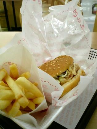 ドムドムハンバーガー、甘辛祭、甘辛チキンバーガーセット1