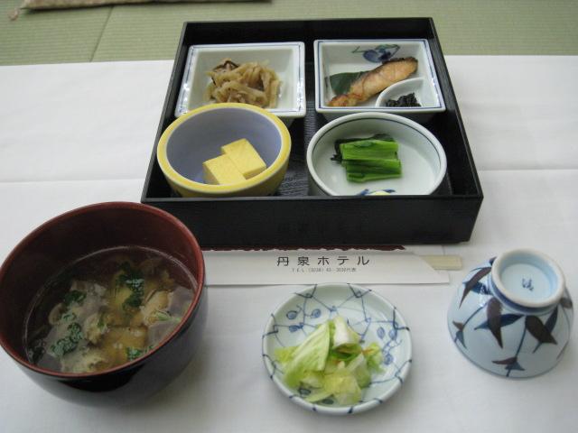 丹泉ホテル朝食20100306-01