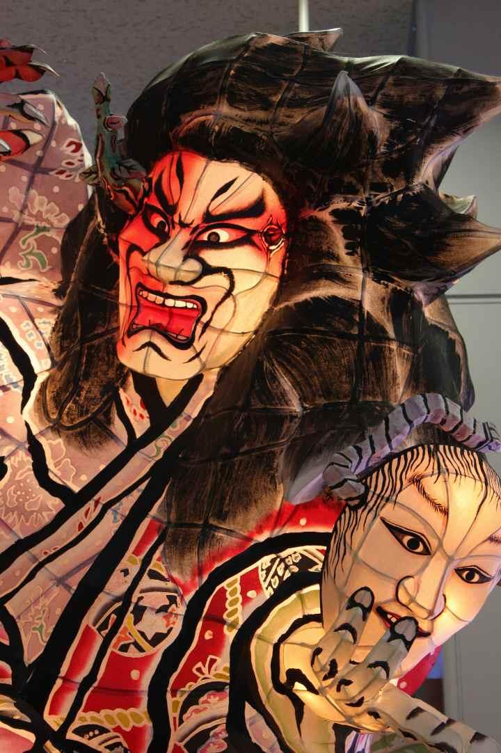 弘前駅ねぶた20100814-04