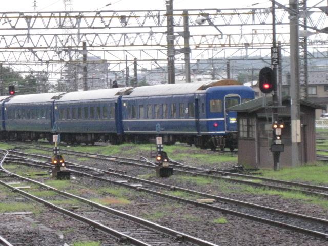 秋田駅ブルトレ20100814-02