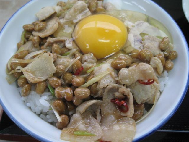 鶴巣スタミナ丼20110622-02