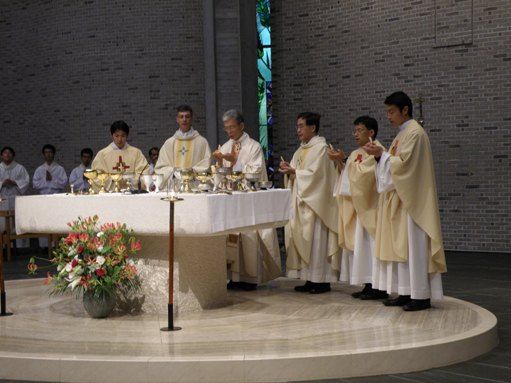 10-09-23 Ordination Mass (13)