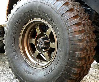 Y60タイヤ