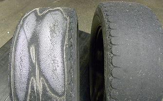 脱がしたタイヤ