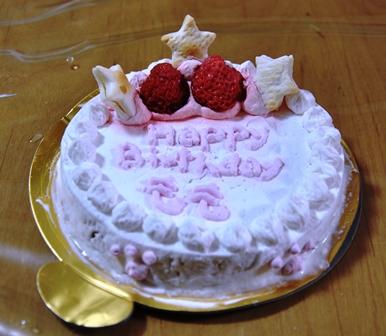 もも 誕生会2010 079ももケーキ