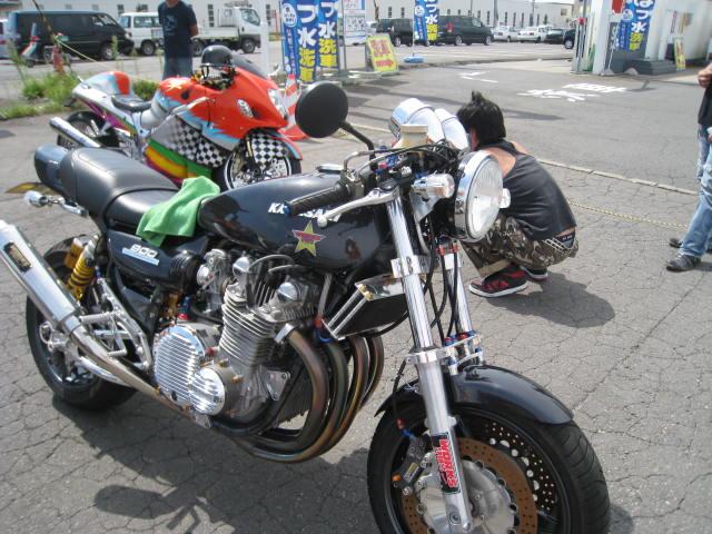 22.8.29.バイク 常盤 054