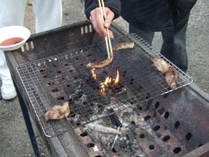 焼きあがった肉