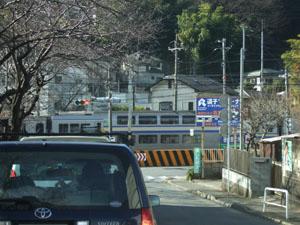 前に見えてきた横須賀線