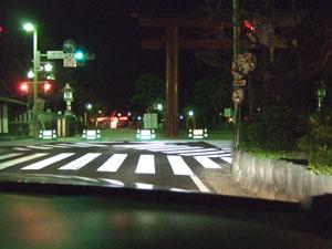 深夜の鶴岡八幡宮