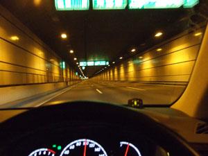 川崎航路トンネル内