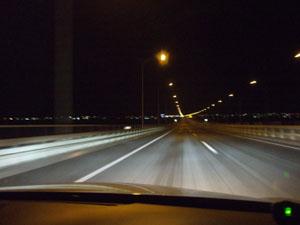 塩カルの撒かれたアクアラインの橋梁部