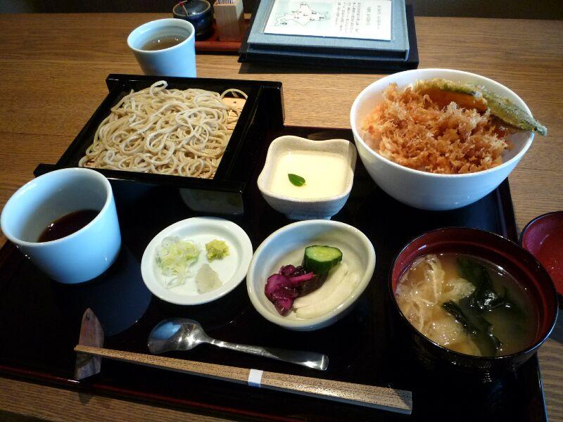 4.蕎肆 穂乃香 (かき揚げ丼御膳)