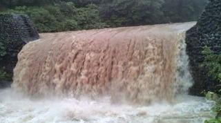 7月19日 豪雨 (2)