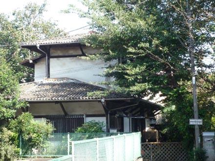 成城 桜並木の住宅