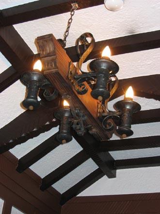 山本有三記念館玄関ホール照明