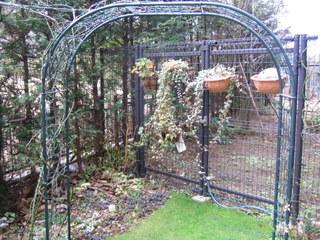 隣の庭への避難通路1